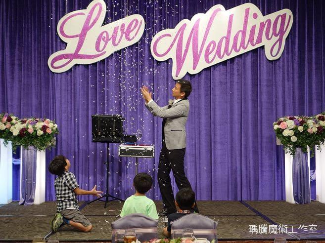 婚禮魔術表演-台中長榮桂冠婚禮魔術-020